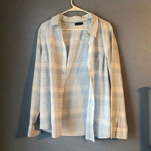 Gap Boyfriend Fit Shirt